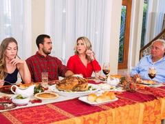 Orgia no Jantar entre Familiares