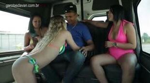 Garotas da Van com o Cara do Mercado